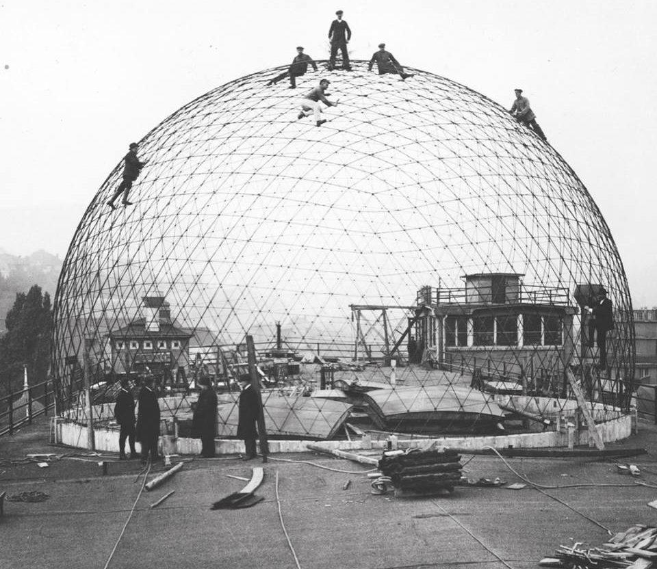 ↑ (03, 04) Planetarium Zeiss I, 1923 por Walther Bauersfeld